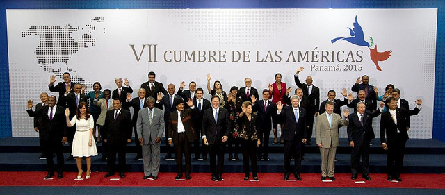 """liderando juntos en las Américas"" US  Embassy Panama vía Flickr (CC BY-ND 2.0)"