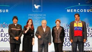 """""""XLV Reunião de Cúpula do Mercosul"""" Blog de Planalto vía Flickr (CC BY-NC 2.0)"""